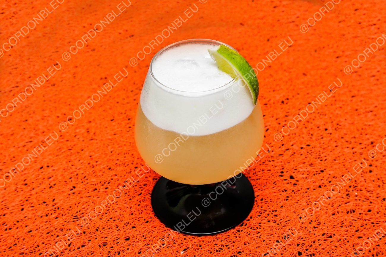 Silver fizz ( cocktail gin et citron)